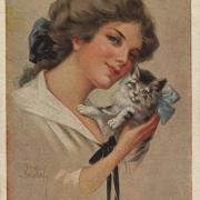 девушка с котенком на открытке